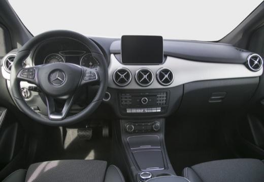 Mercedes benz b 160 neuwagen auf autoscout24 for Mercedes benz navigation system manual